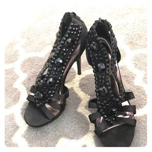 Beaded stiletto
